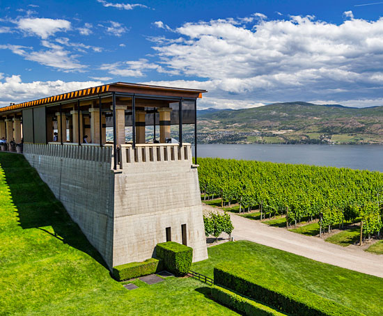 Hotels in Kelowna